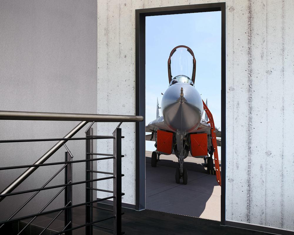Fólie na renovaci dveří Stíhačka