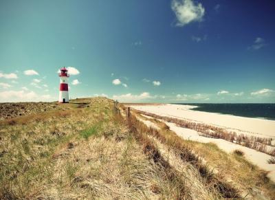 Fototapeta Vlies Livingwalls Maják na pláži