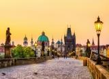 Fototapeta Vlies Livingwalls Praha, Karlův most